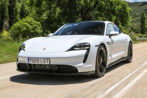 voitures de sport électriques